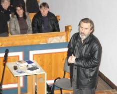 """""""Az igazat mondd, ne csak a valódit"""" Eperjes Károly színművész előadása a csákberényi református templomban"""